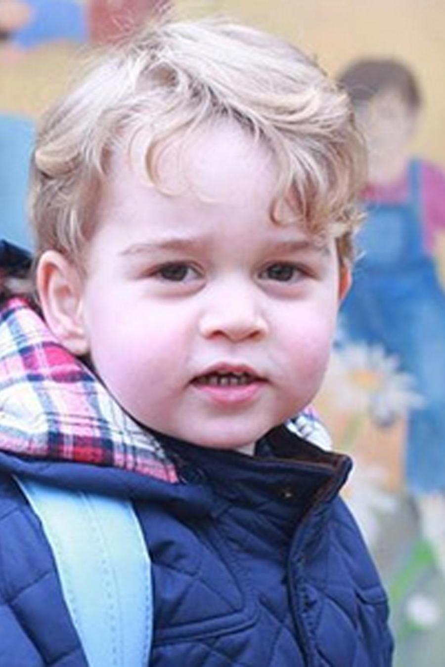 Príncipe George en la escuela