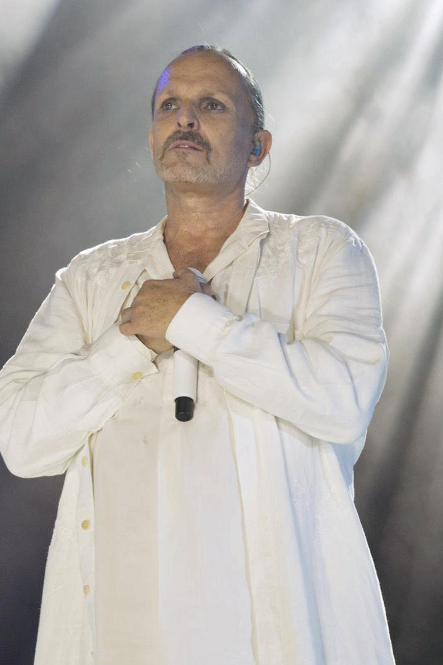 Miguel Bosé en concierto en Barcelona en 2015