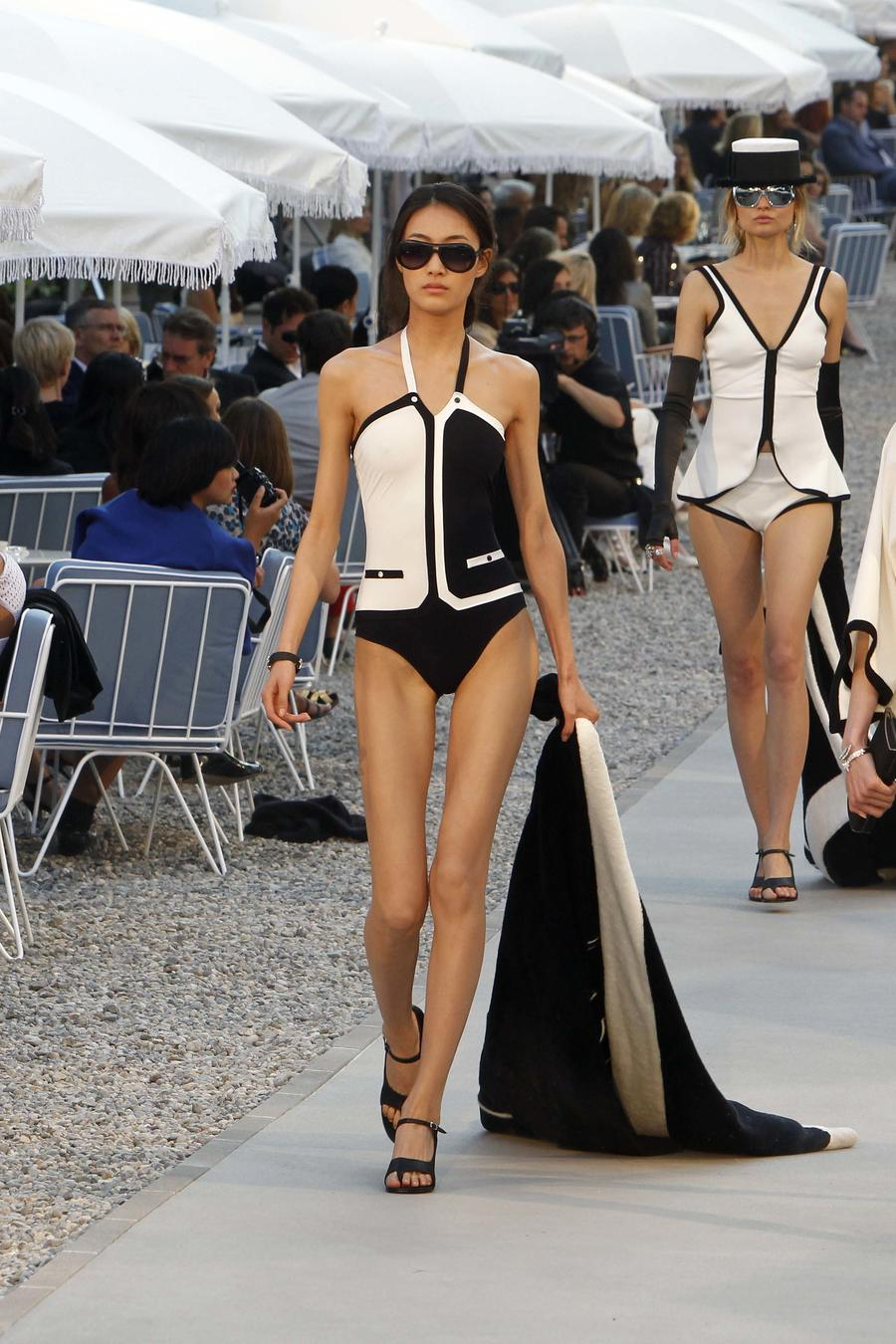 Chanel - 'Collection Croisiere Show 2011-12' Show