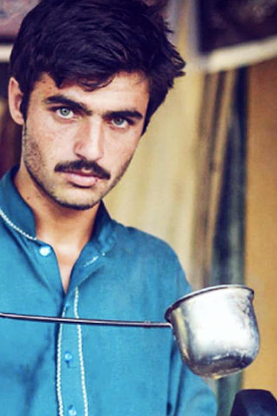 Vendedor de té de Paquistán
