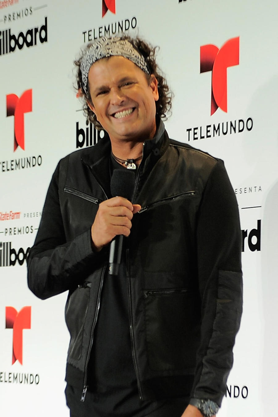 "Carlos Vives en los 2015 Billboard Latin Music Awards ""Premios Billboard"""