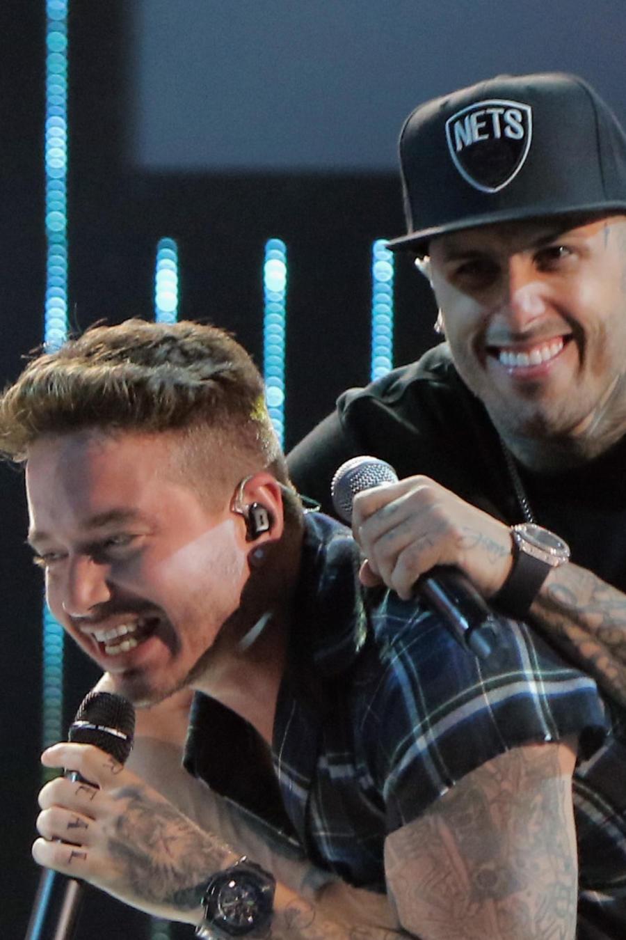 J Balvin & Nicky Jam en los ensayos de Premios Juventud