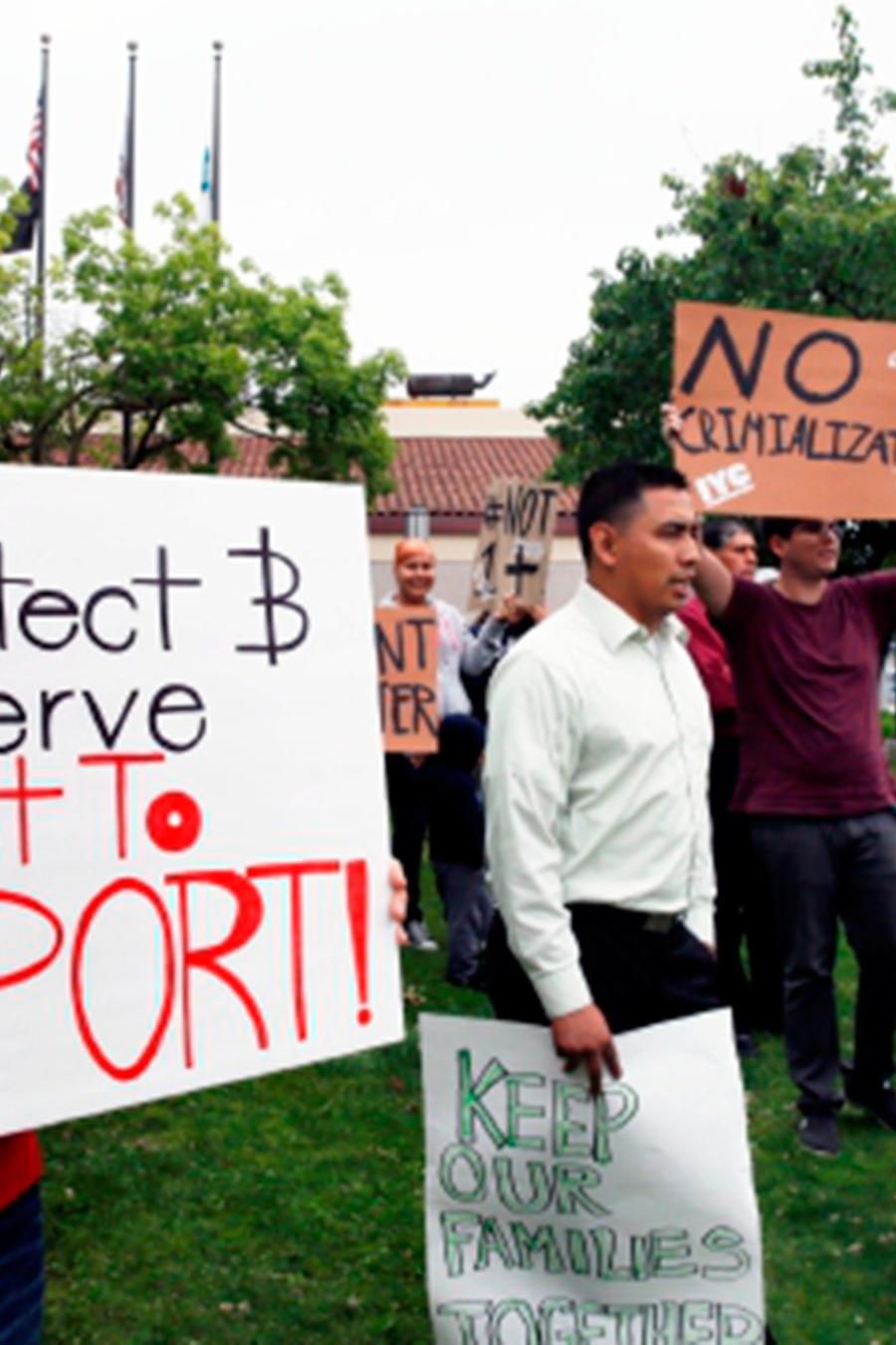 Con varias propuestas de ley sobre la mesa, el Estado Dorado se prepara para las posibles acciones antiinmigrantes que podría tomar el presidente electo
