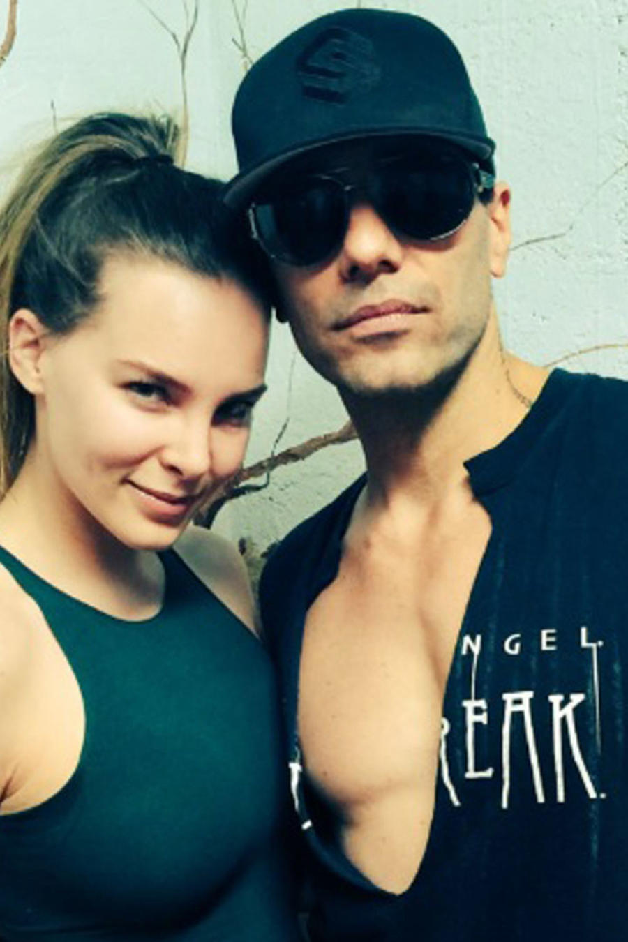Belinda y Criss Angel exponen su amor con mensajes en Twitter