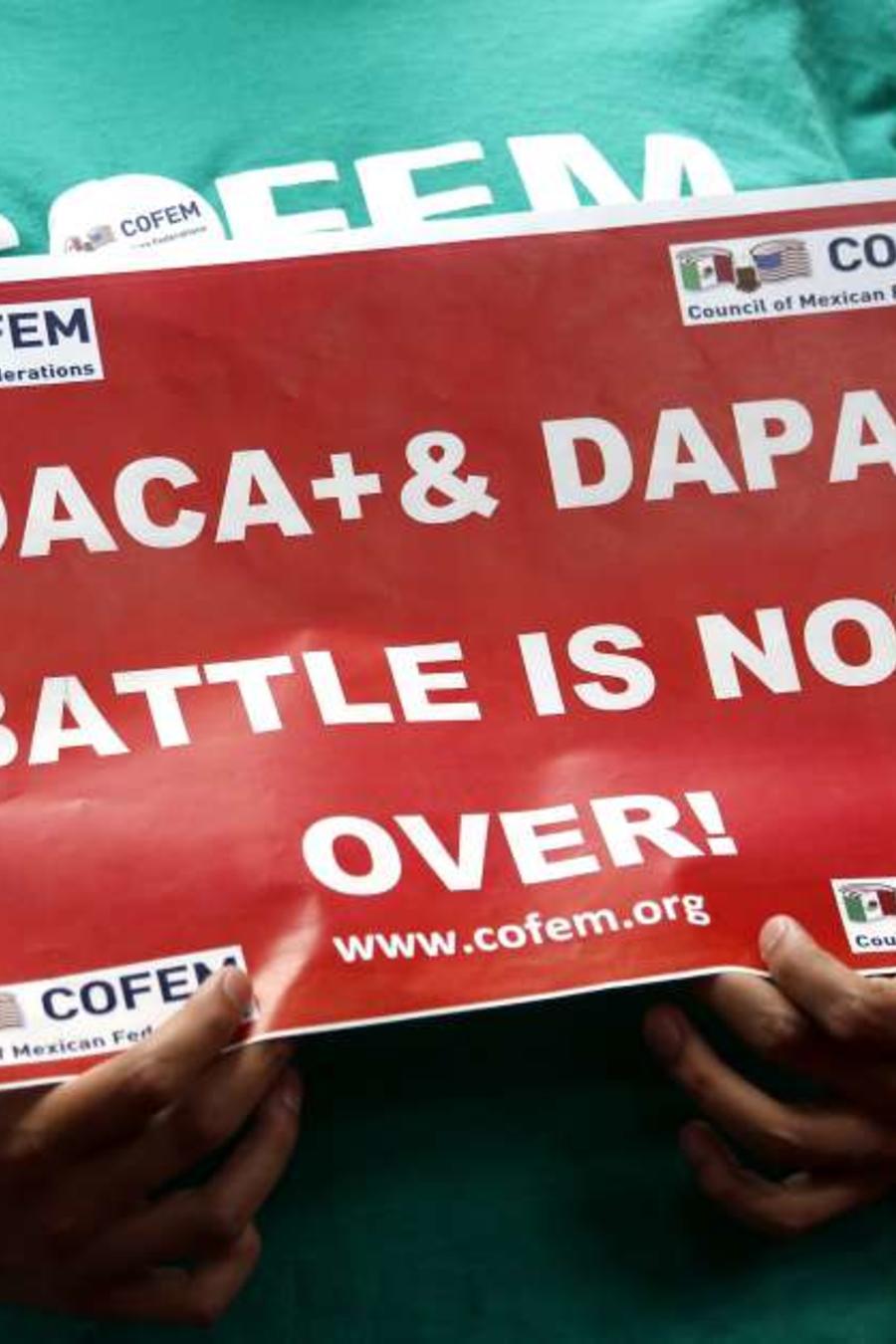 Cartel sobre DACA y DAPA