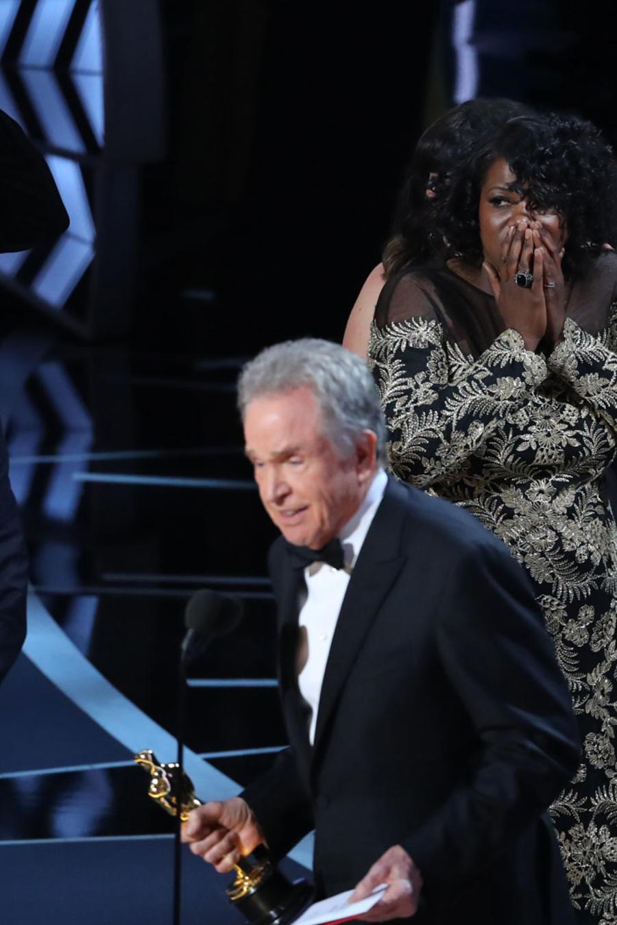 momento de confusión en la entrega de los Oscars