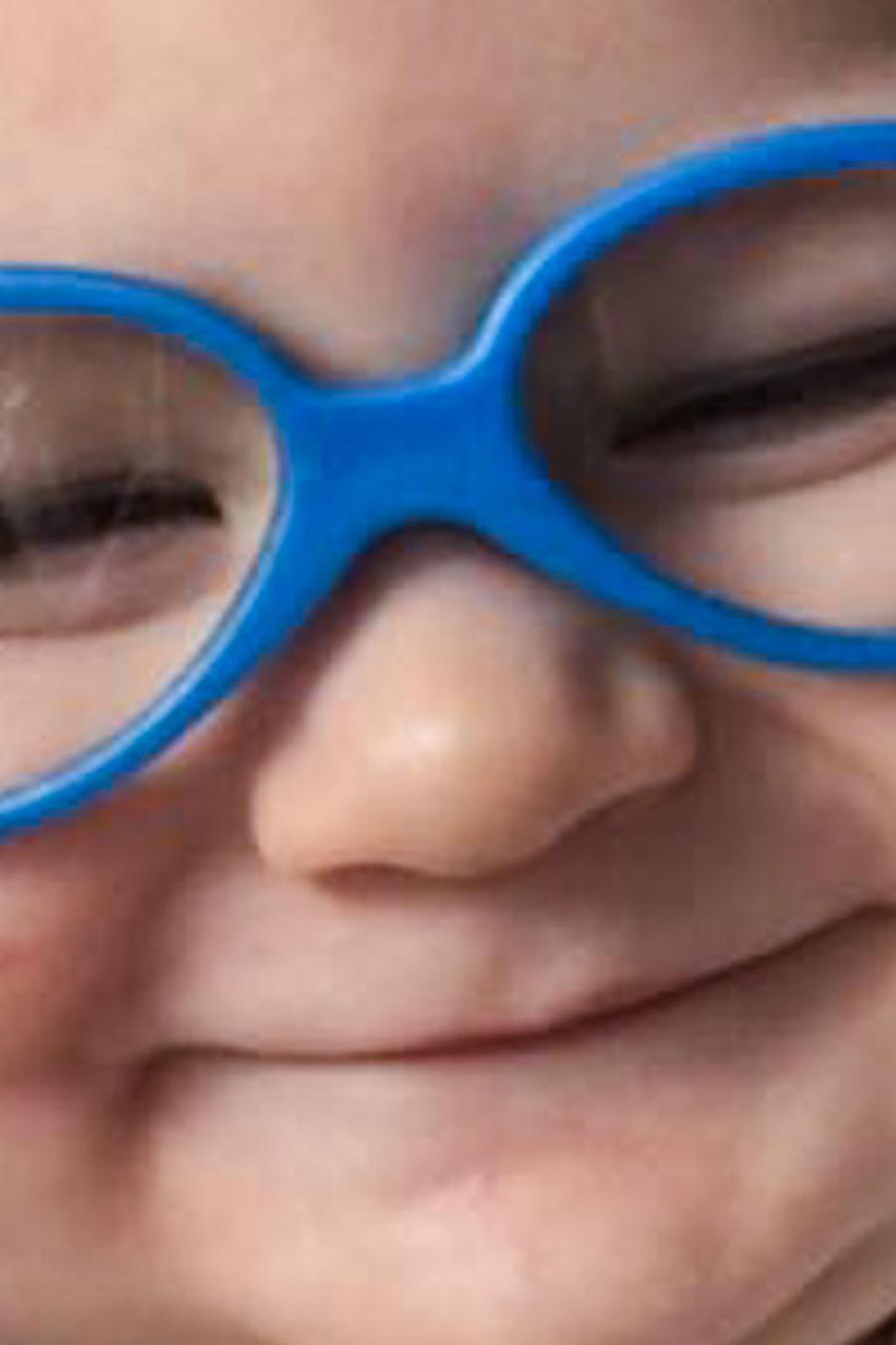 Bebé Reagan Caldwell sonriendo