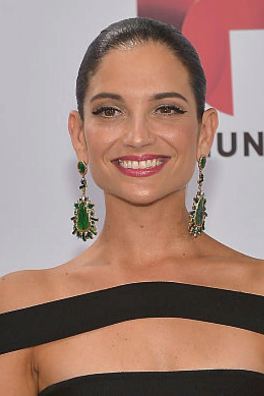 Natalia Jiménez sonriendo a la cámara
