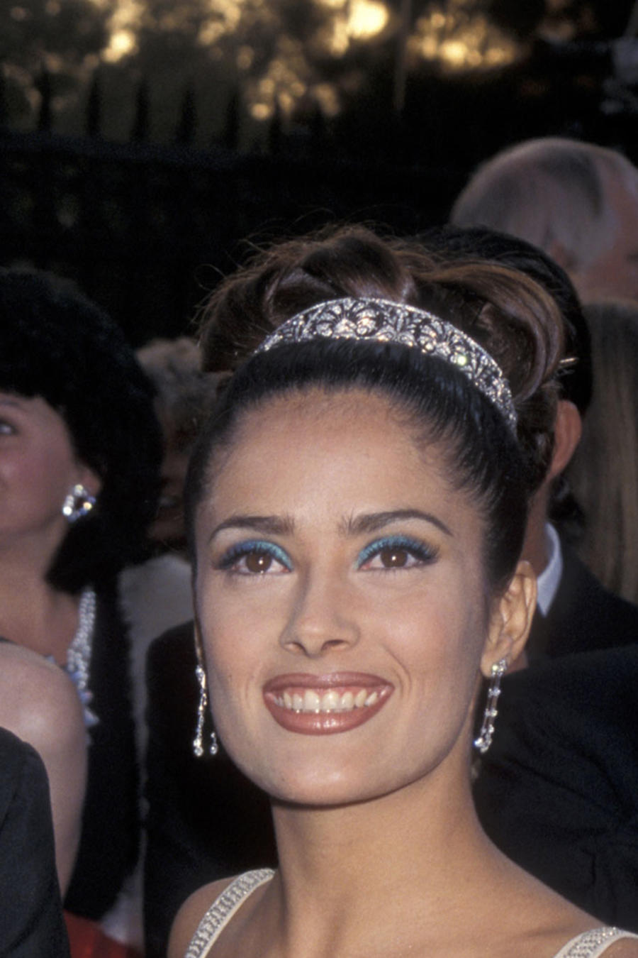 Salma Hayek y Luis Miguel en los Oscars de 1997