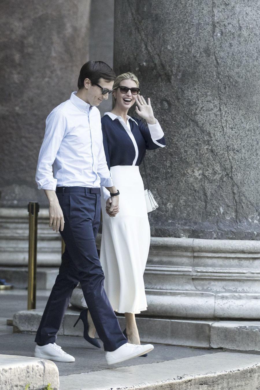 Jared Kushner, el yerno del presidente Donald Trump, junto con su esposa Ivanka Trump en Roma el 24 de mayo del 2017.
