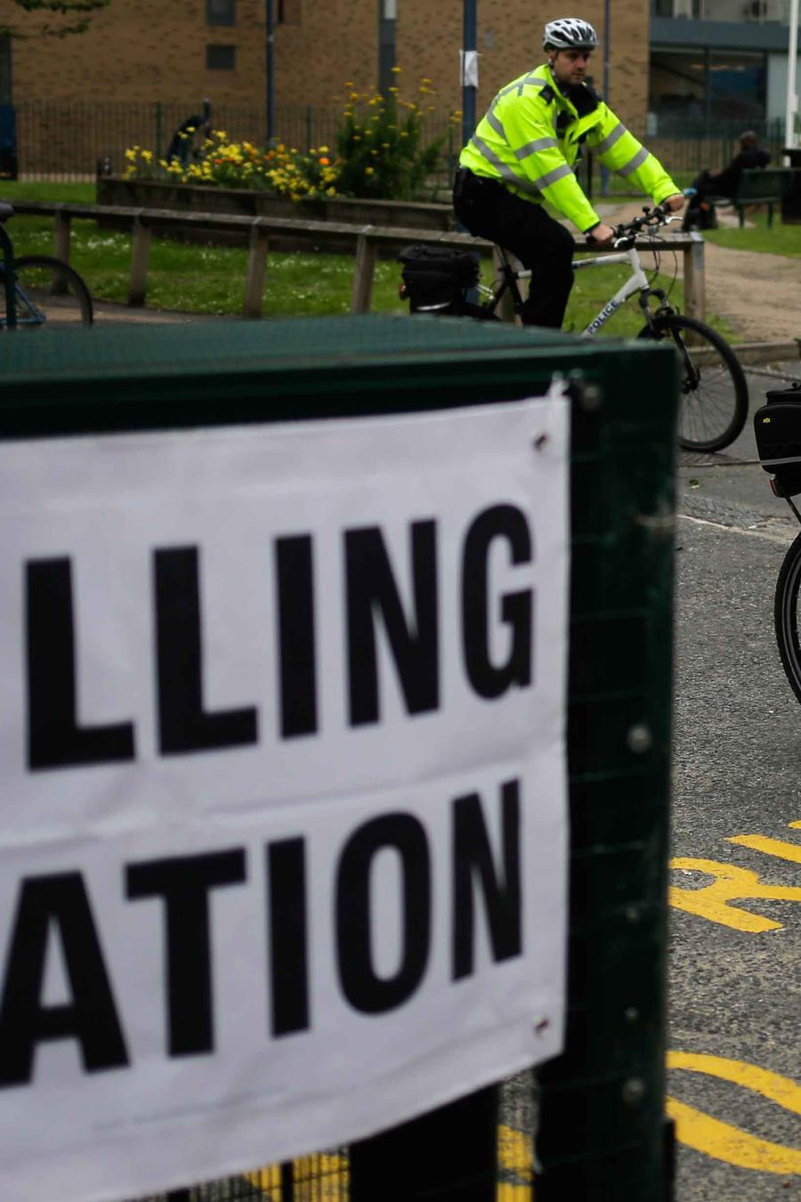 Centro de votación en Gran Bretaña para elecciones del 8 de junio