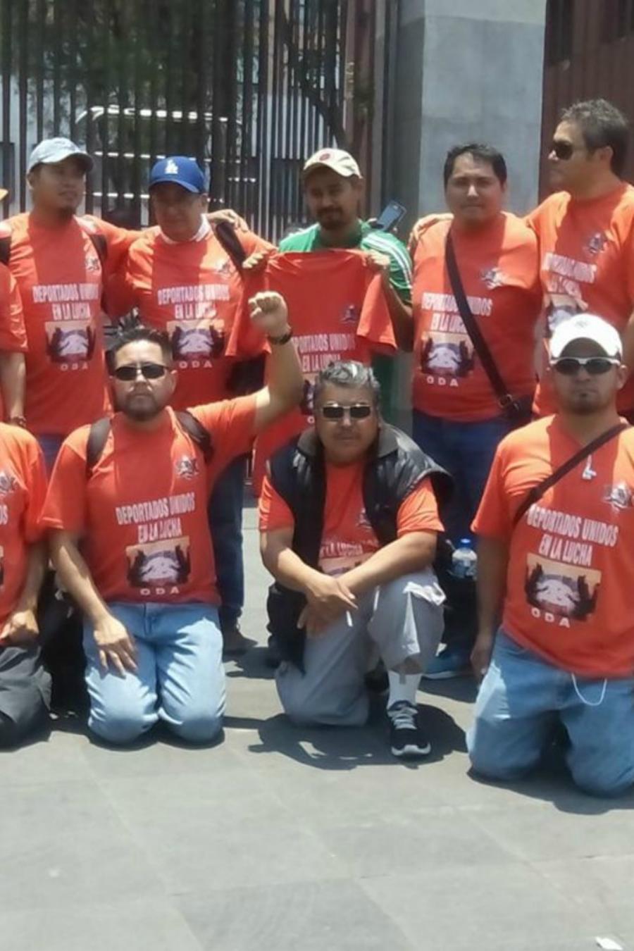 Deportados unidos en lucha, un grupo de mexicanos que apoya a compatriotas deportados
