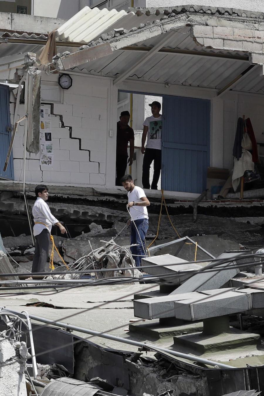 Un edificio dañado por el sismo del martes en Ciudad de México.