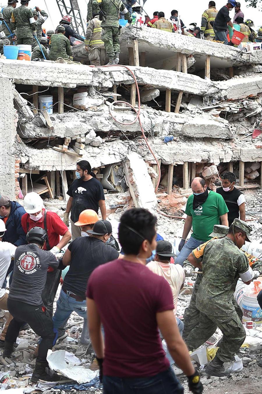 Escombros causados por sismo en México