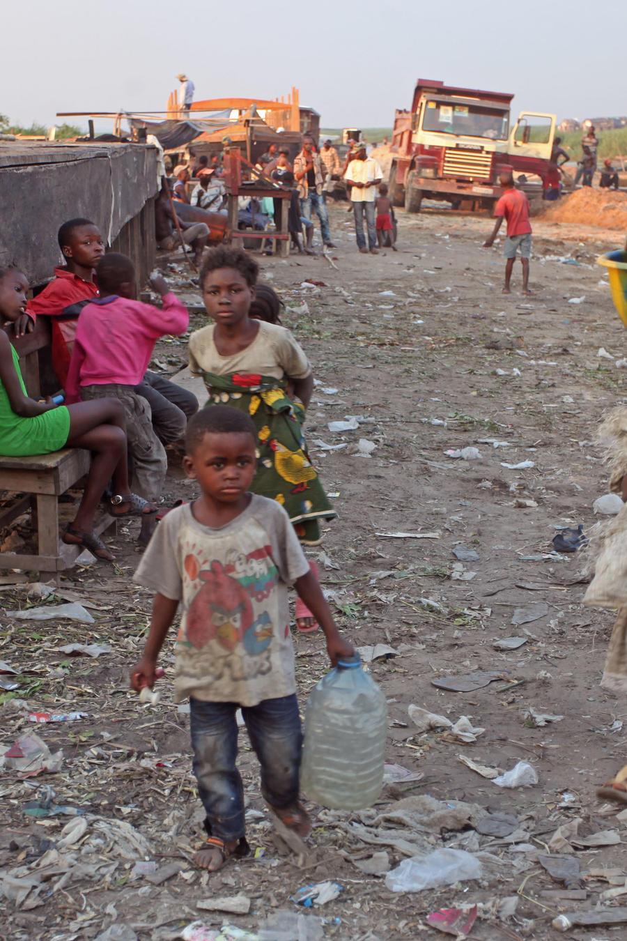 Niños en el Congo, en 2014