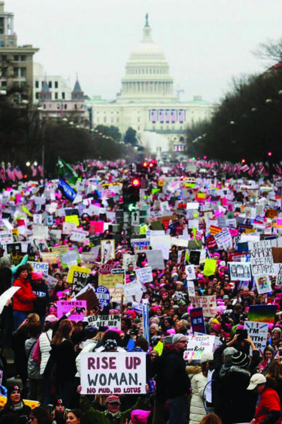 """Las políticas de la Administración Trump también dieron vida a un extenso movimiento de """"resistencia"""", dice HRW."""