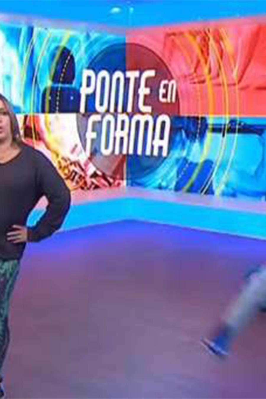 Adamari López hace ejercicios en Telemundo