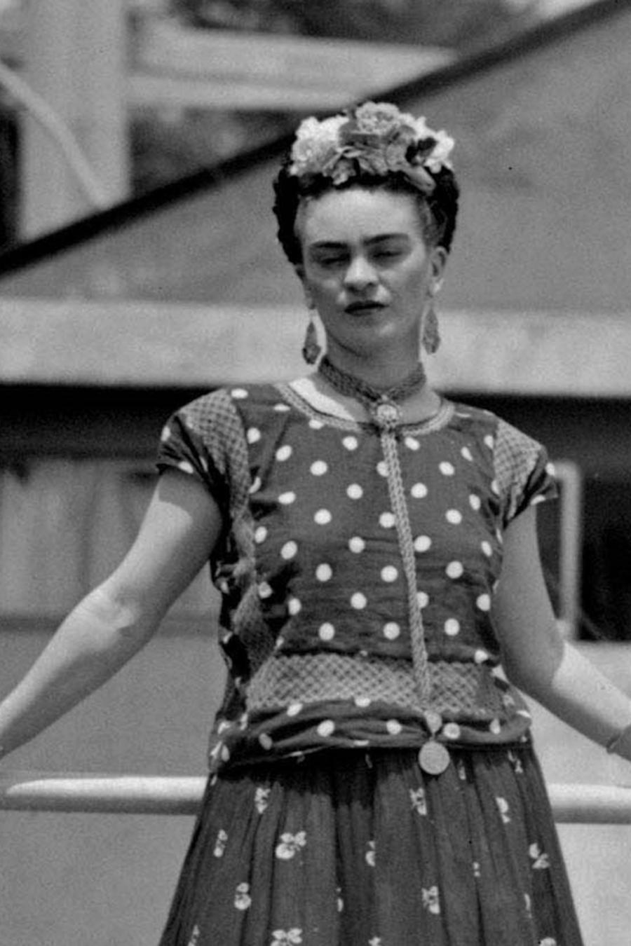 Foto de archivo de Frida Kahlo en su casa, en la Ciudad de México, el 14 de abril de 1939.