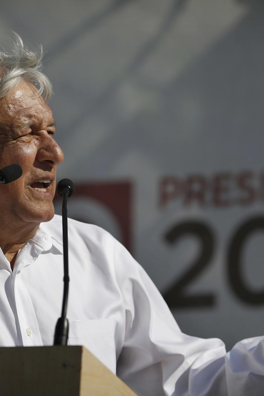 El candidato presidencial Andrés Manuel López Obrador durante un evento en la Ciudad de México, el 20 de abril de 2018.