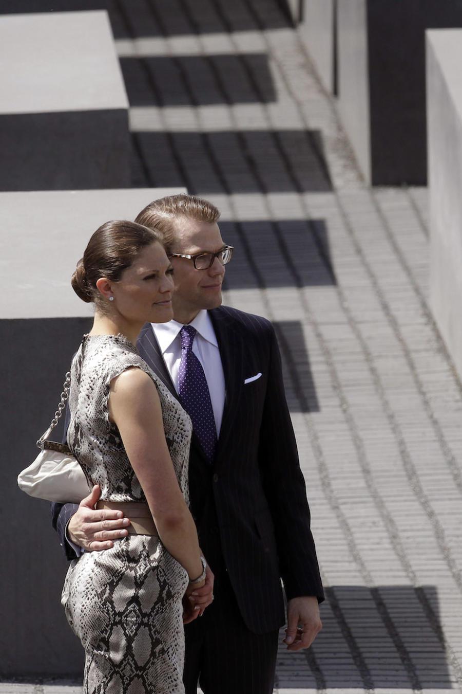 La princesa Victoria, junto a su marido durante una visita a Alemania en 2011.