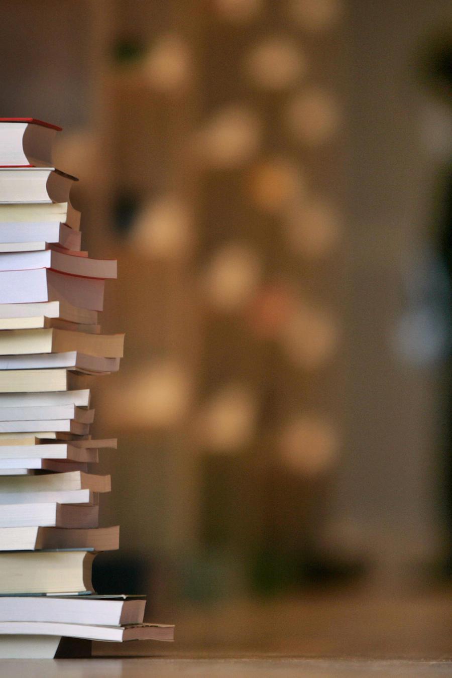 Un pila de libros en Frankfurt, Alemania, el 13 de octubre de 2008.