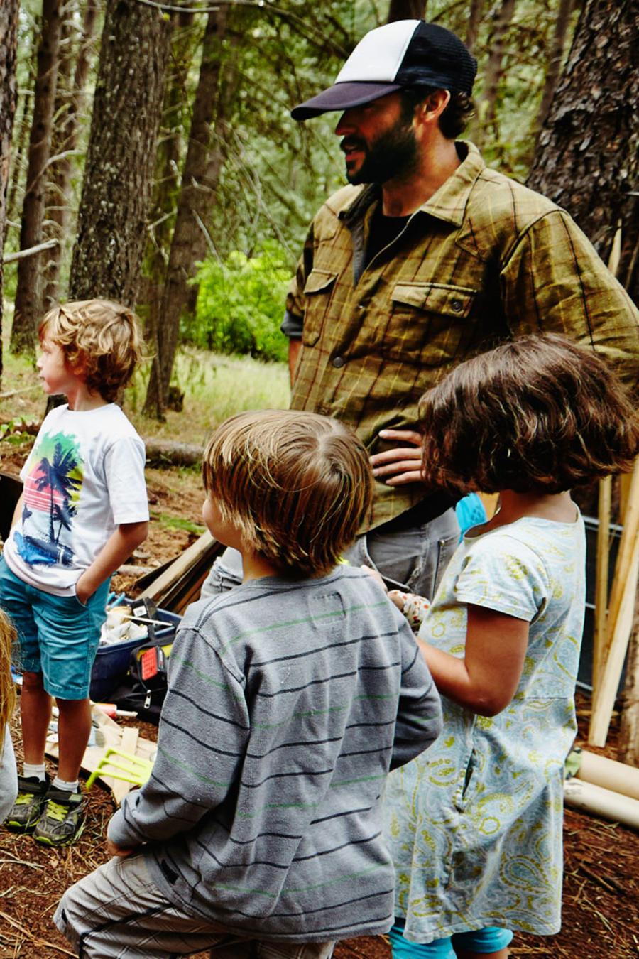 Niños hospitalizados en campamento