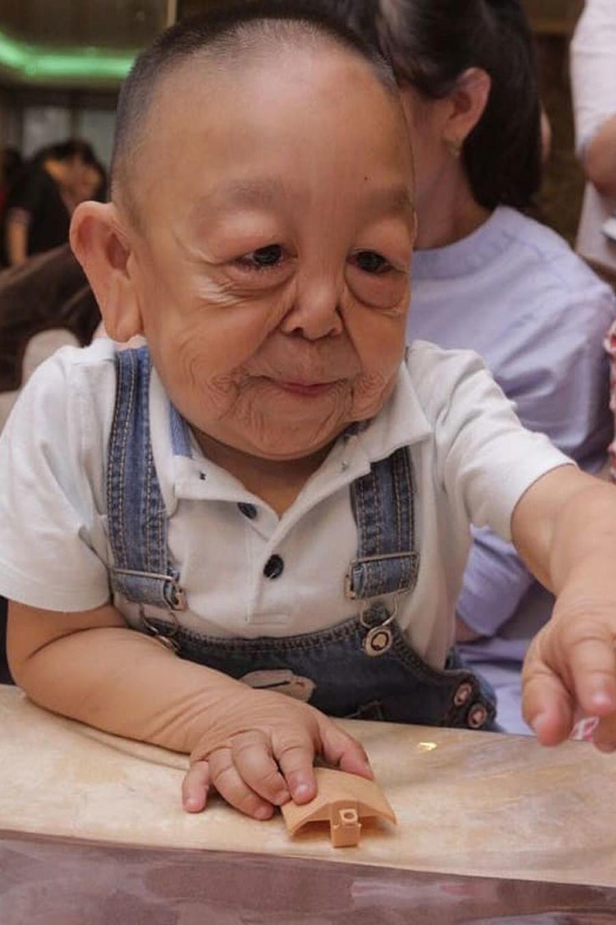 Niño anciano