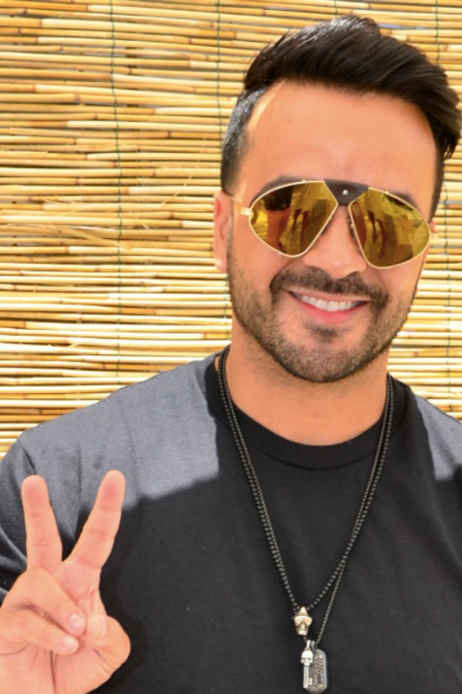 Luis Fonsi wearing sunglasses