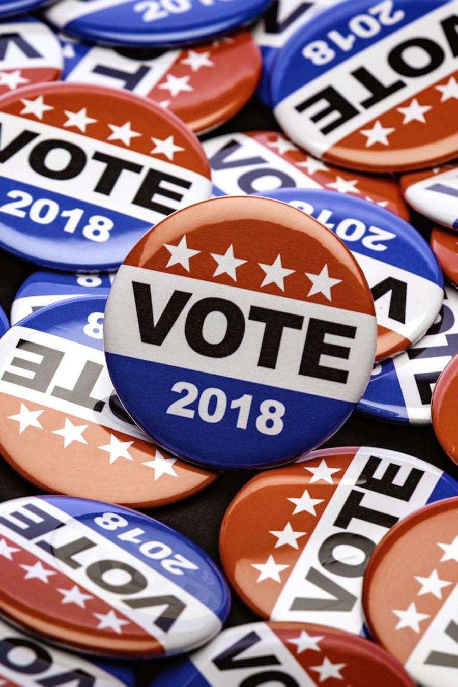 Broches de elecciones 2018