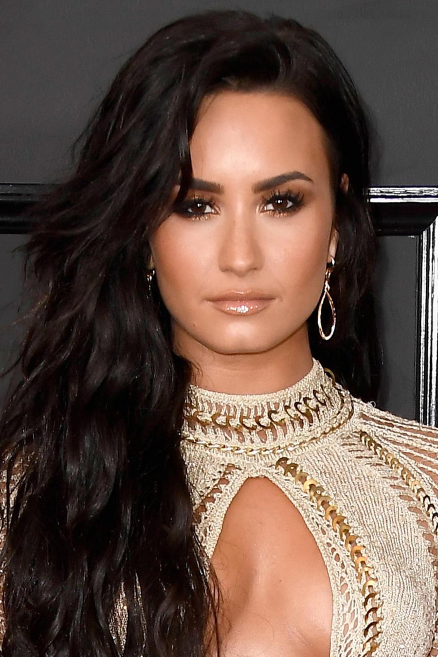 Demi Lovato reaparece