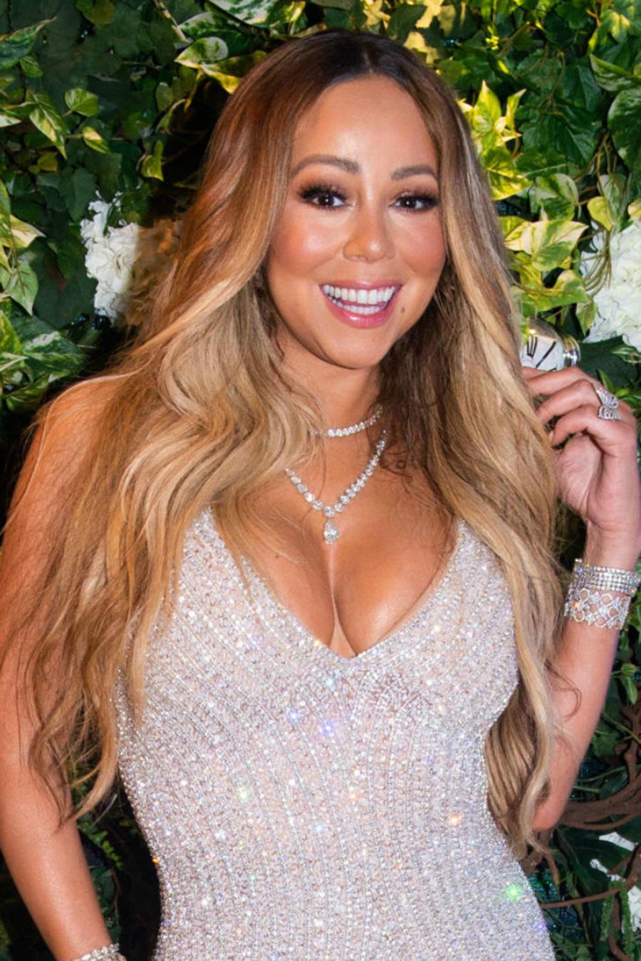 Mariah Carey en vestido de brillantes