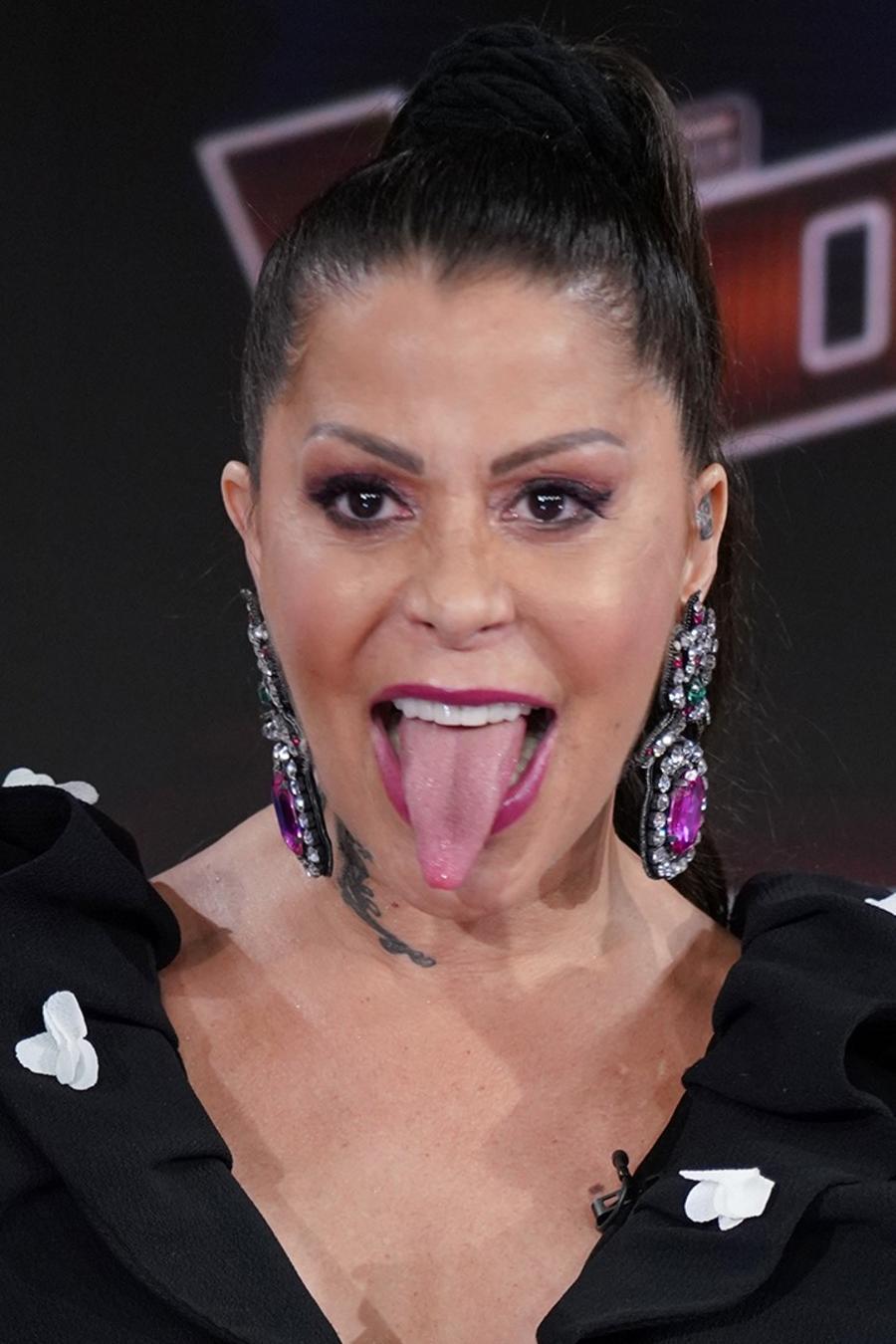 "Alejandra Guzman is the new coach of ""La Voz"""