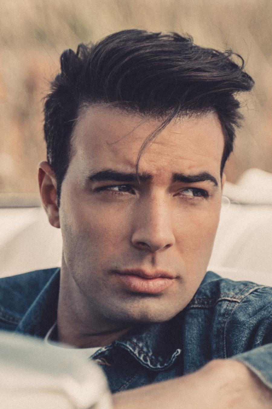 Jencarlos Canela returns as Jen for 2019