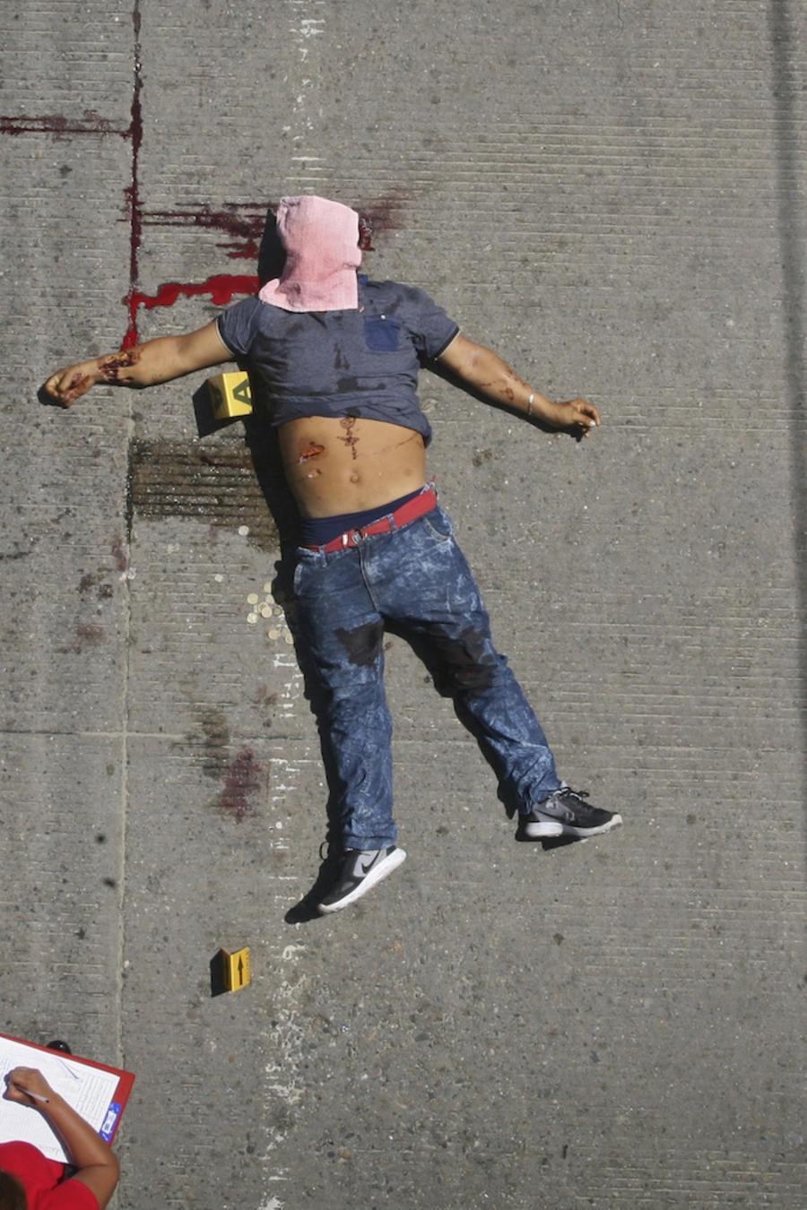 Investigación de un asesinato en Acapulco en agosto de 2017.
