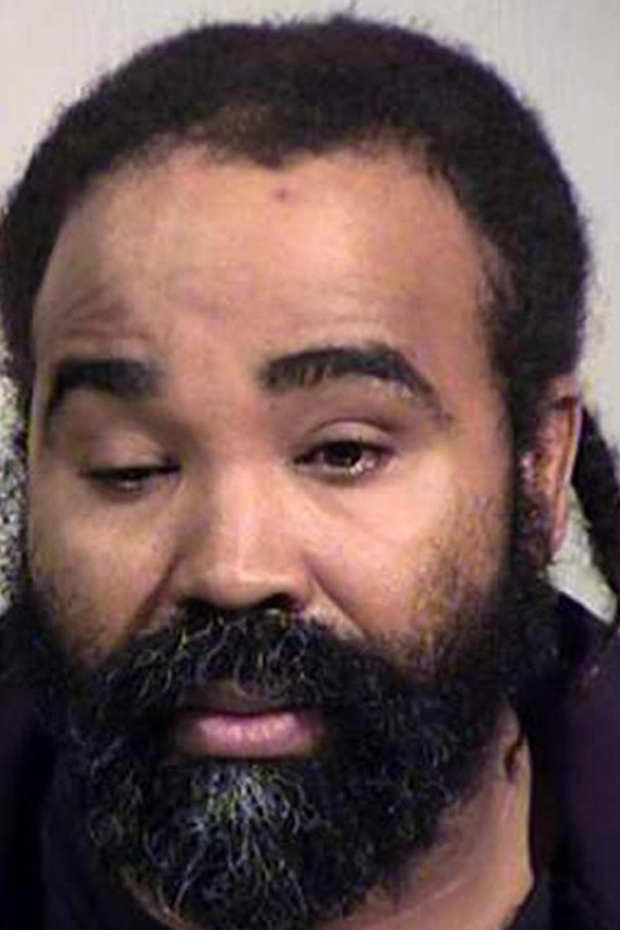 Nathan Sutherland, de 36 años, el hombre arrestado con cargos de agresión sexual después de que mujer en coma diera a luz en Arizona