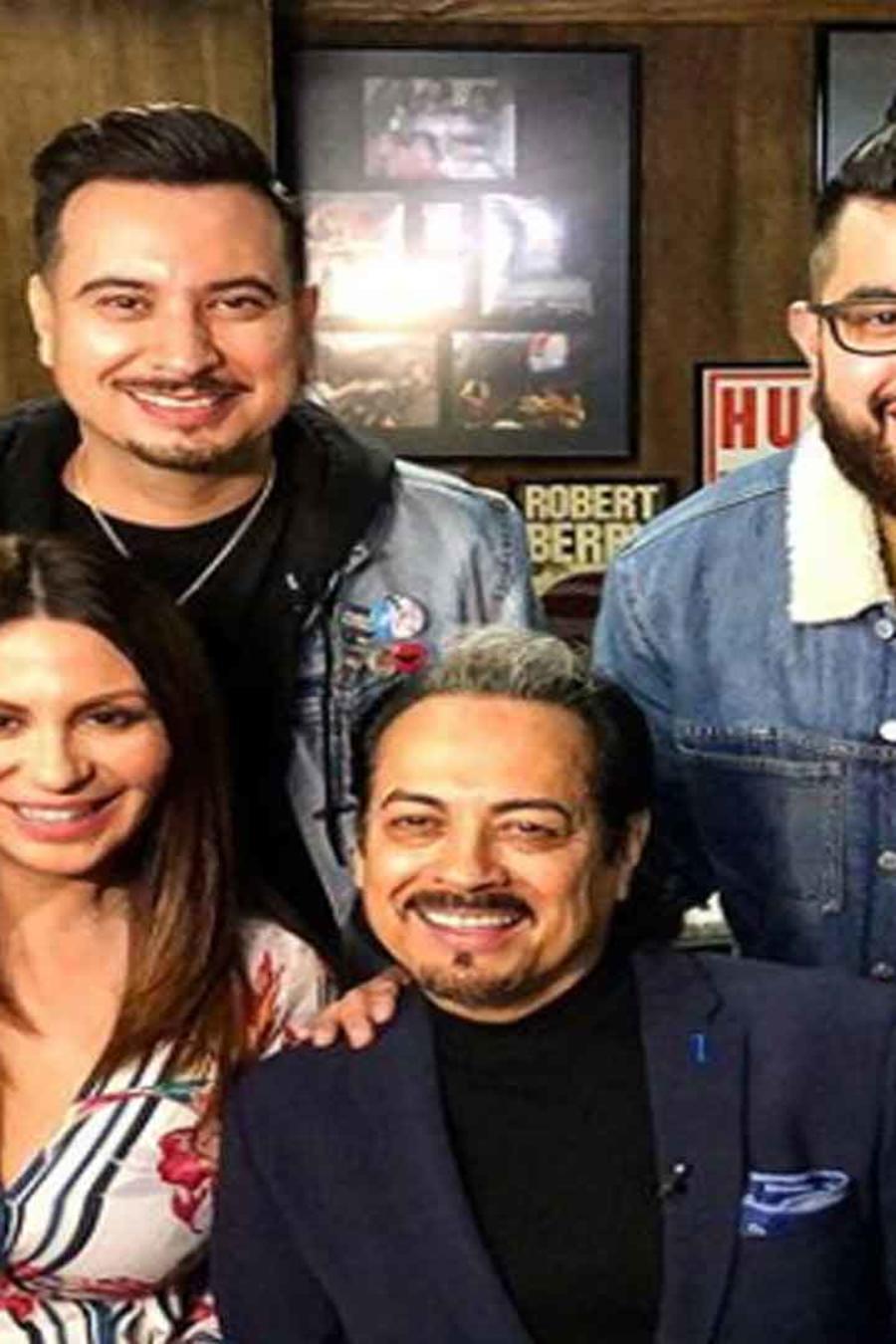 Ninette Ríos entrevista a Hernán Hernández y a SuenaTron.