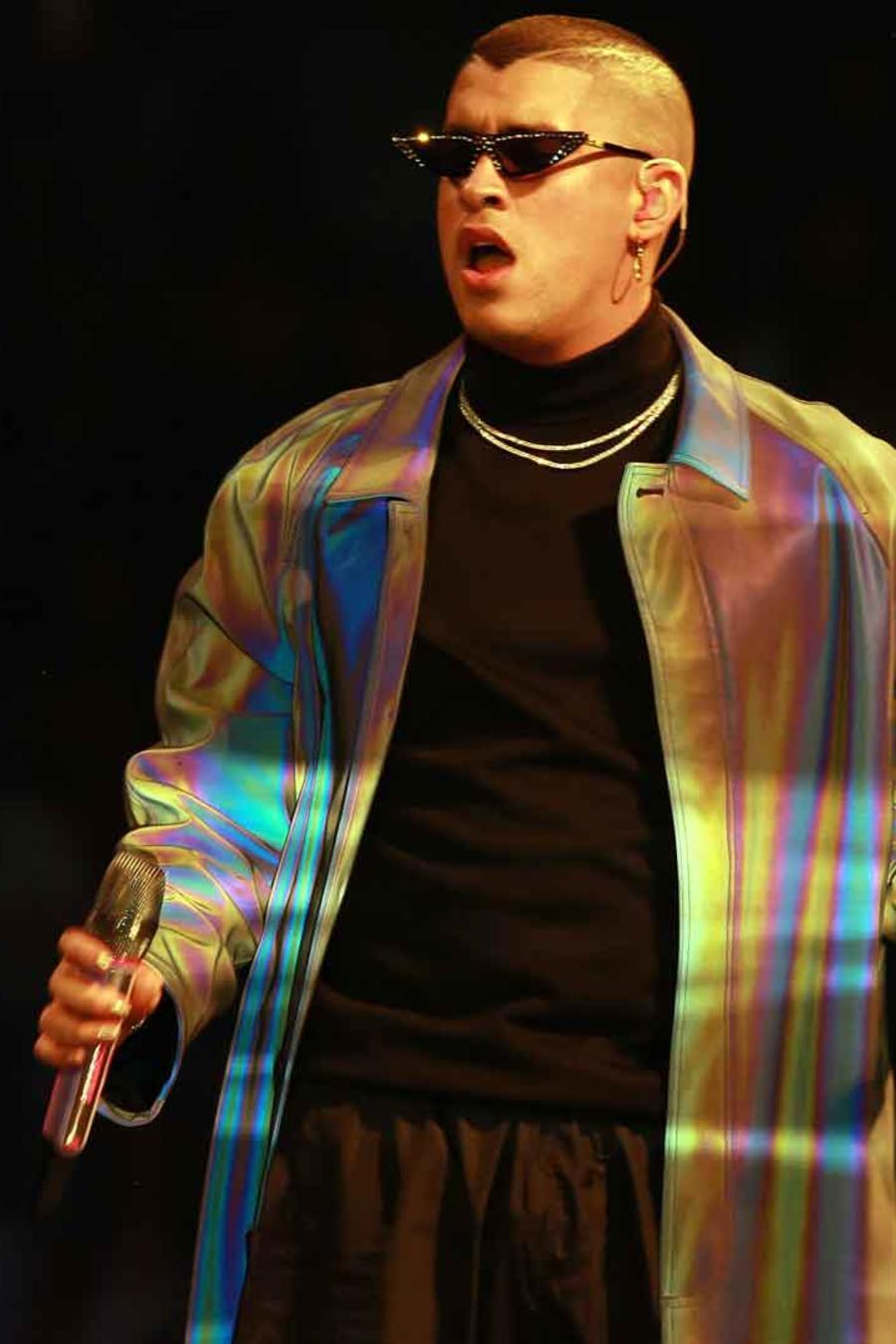Bad Bunny durante la función de su gira X100PRE en el Coliseo José Miguel Agrelot de Puerto Rico.