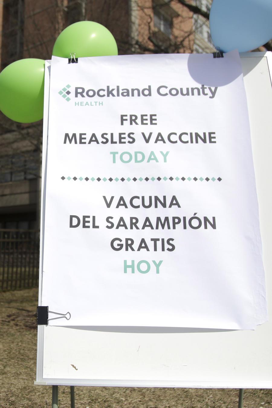 Anuncio de vacunación gratuita contra el sarampión en Nueva York en marzo de 2019