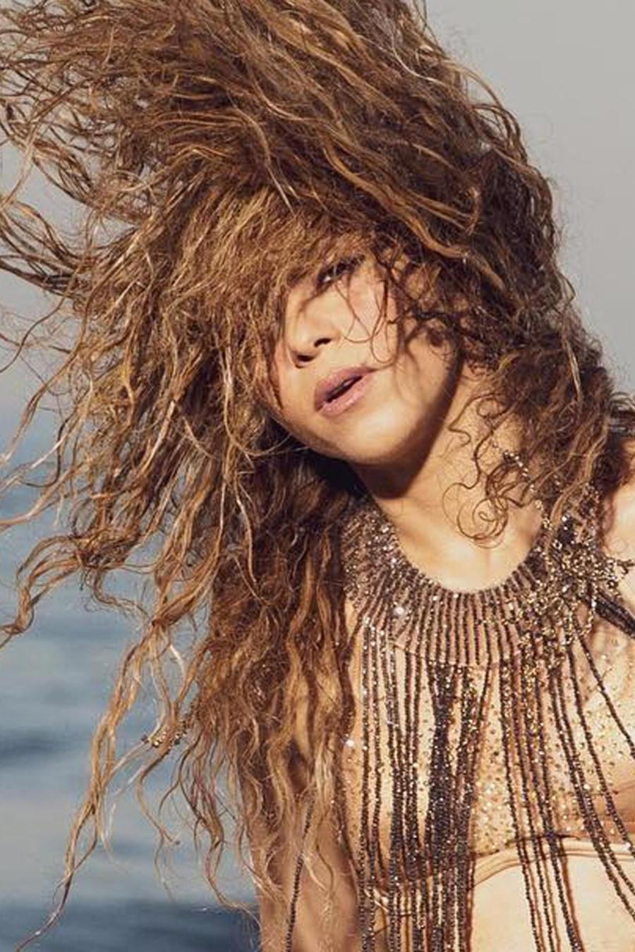 Shakira en Clandestino con Maluma