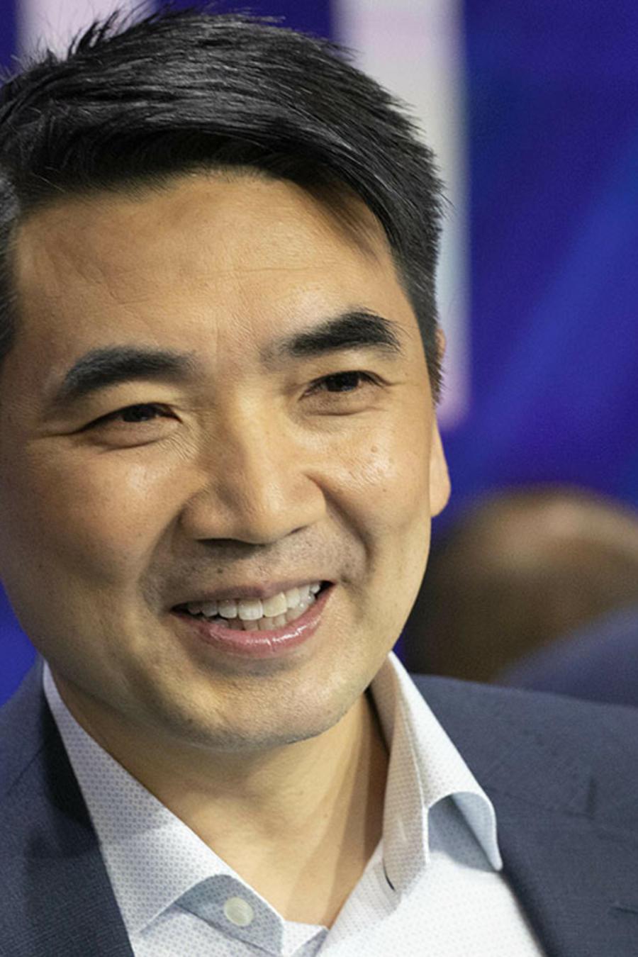 Eric Yuan, CEO de la empresa de videoconferencias Zoom, durante una reunión en Nueva York.