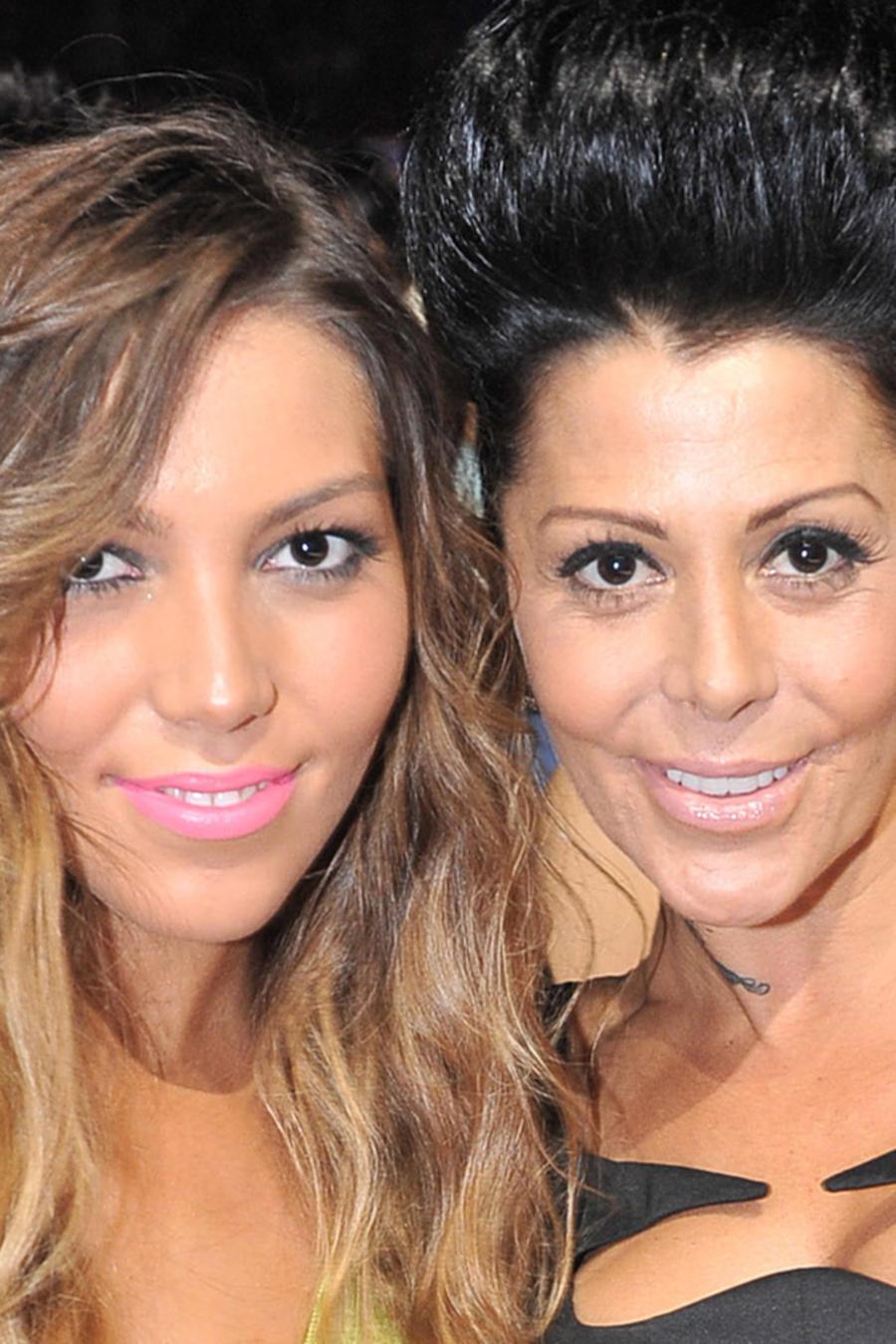 Alejandra Guzmán con Frida Sofía en el Premio Lo Nuestro a La Música Latina el 16 de febrero de 2012