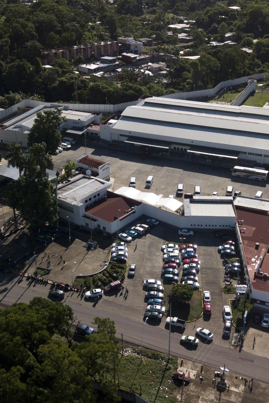 En esta imagen del 1 de junio de 2019, el centro de detención de migrantes Siglo XXI en Tapachula, en el estado de Chiapas, México.
