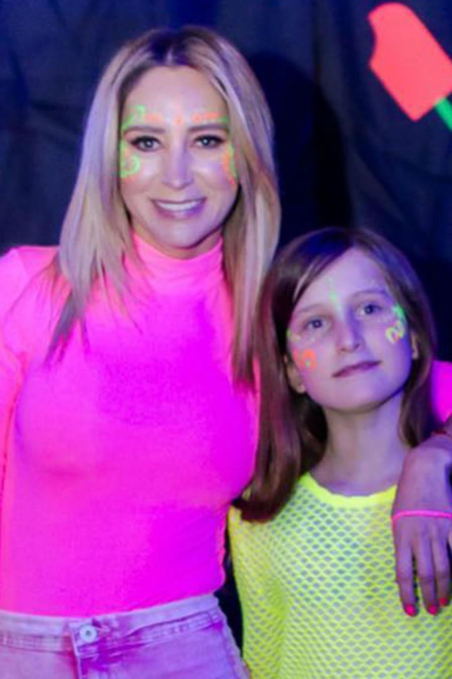 Geraldine Bazán y Elissa Marie