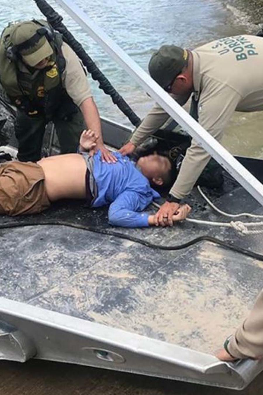 Patrulla Fronteriza salva a adolescente hondureño en el Río Grande