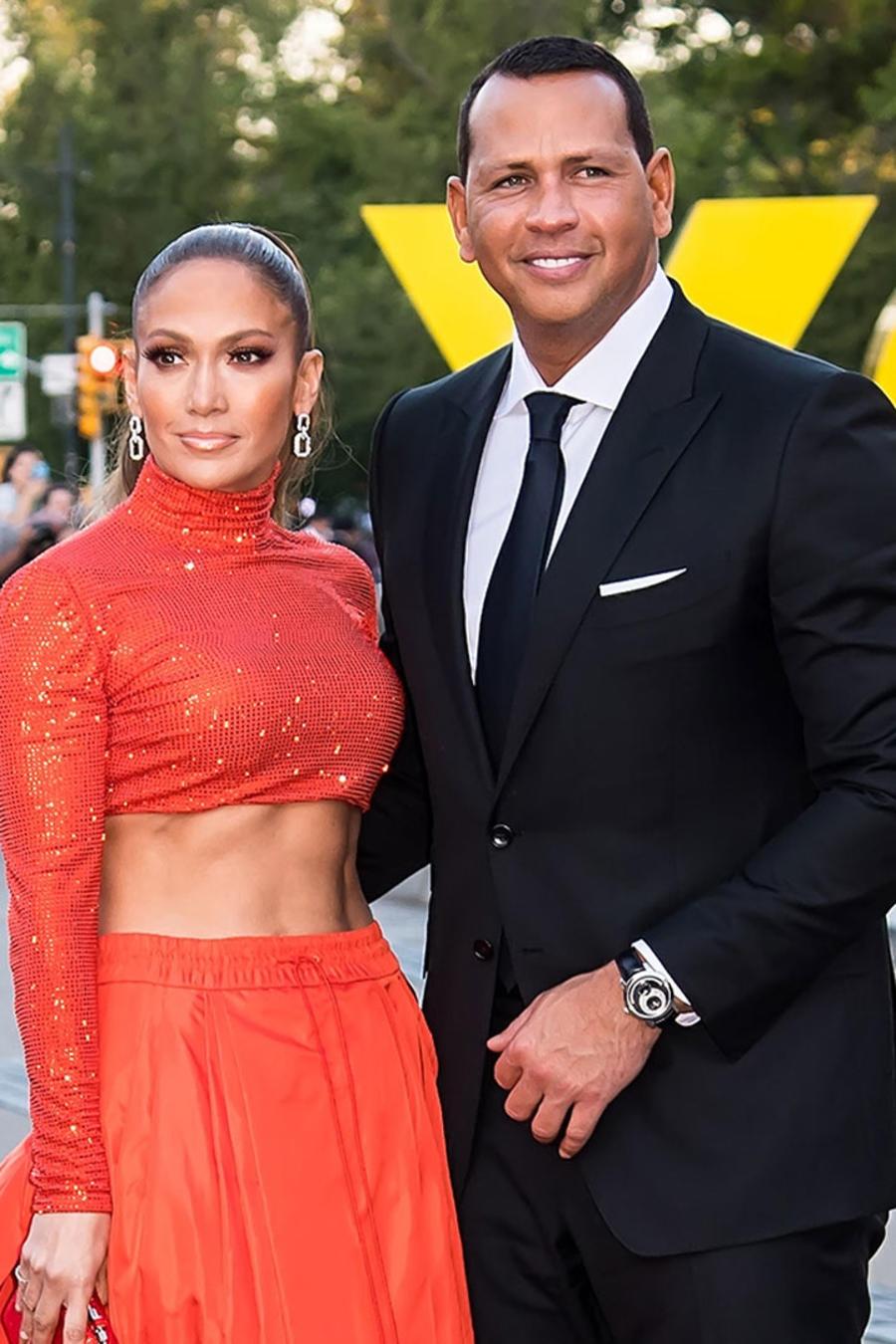 Jennifer Lopez, Kylie Jenner y sus parejas
