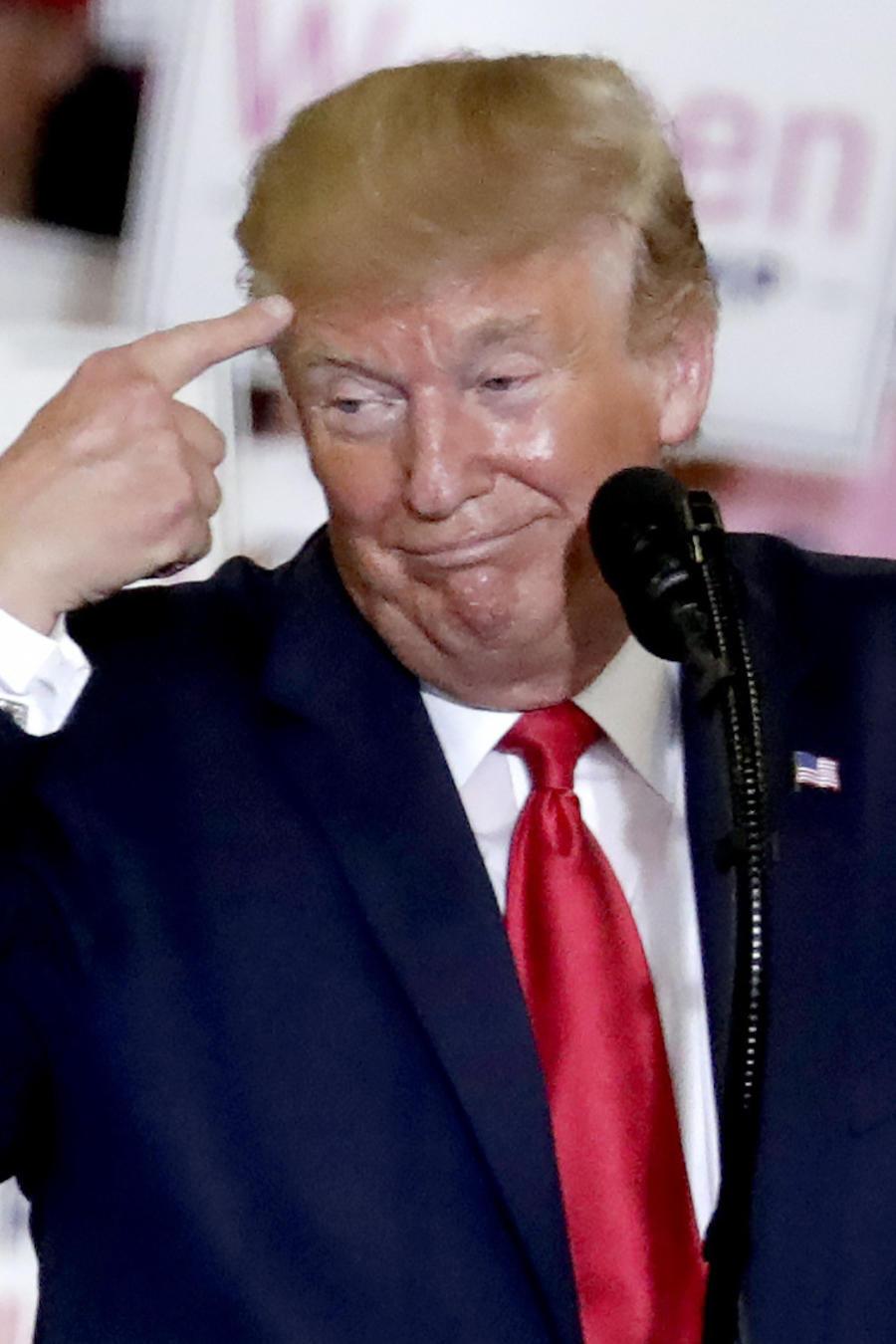 Trump, durante su acto político del lunes en Fayetteville (Carolina del Norte).