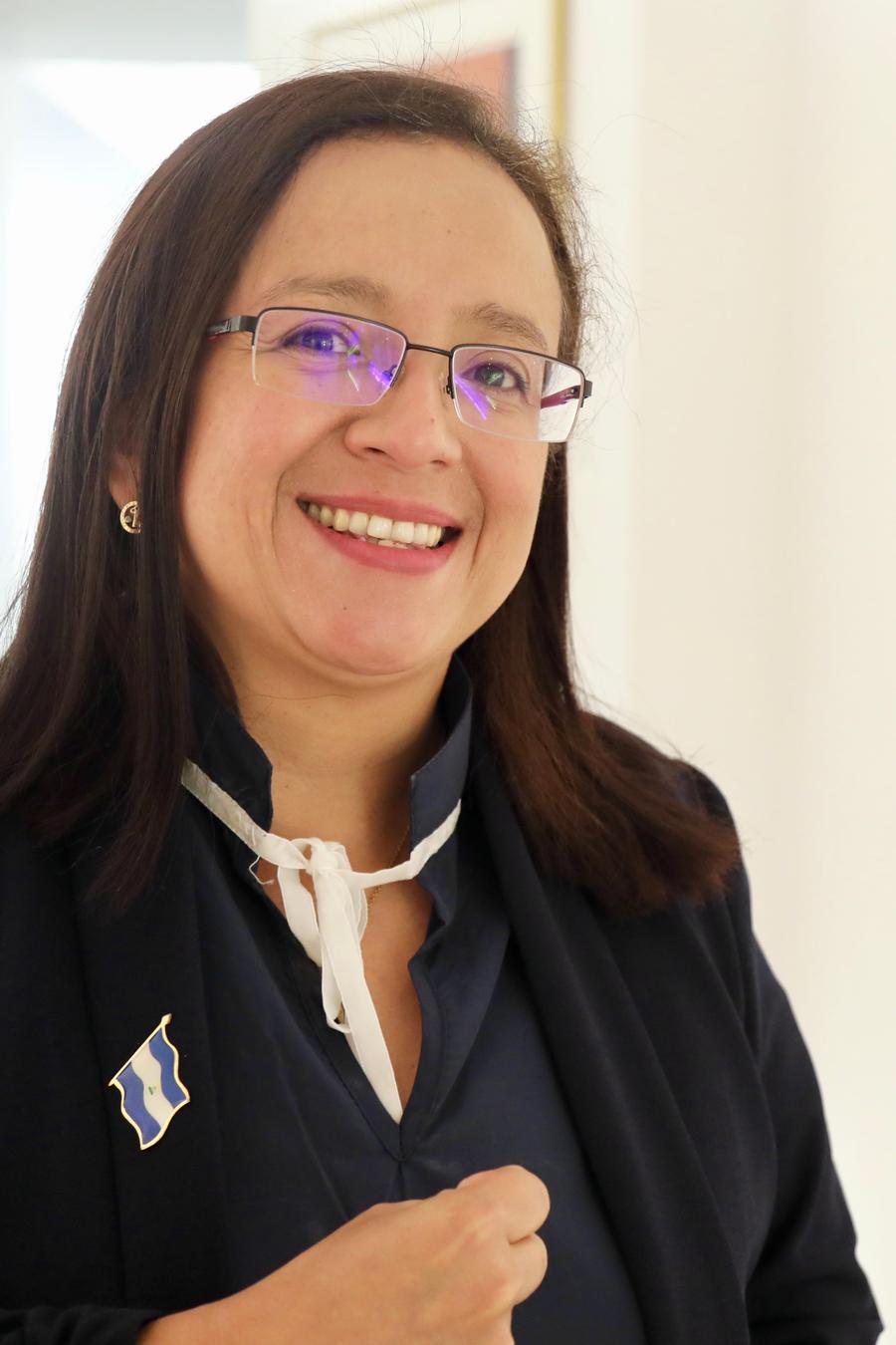 La periodista nicaragüense, Lucía Pineda Ubau, pasó 6 meses en prisión por reportar sobre la crisis política en Nicaragua iniciada en abril de 2018, y hoy pidió en Washington más apoyo internacional para resolver la crisis