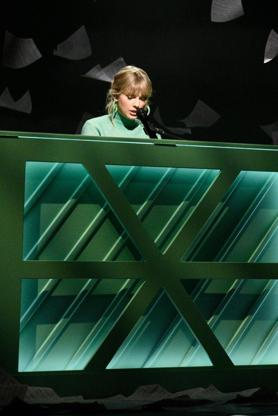 Taylor Swift on Saturday Night Live