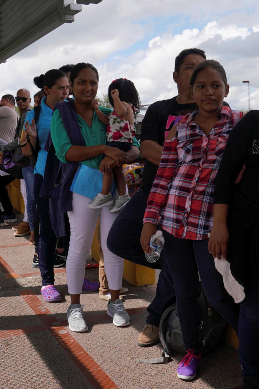 Migrantes en el cruce fronterizo de Matamoros hoy