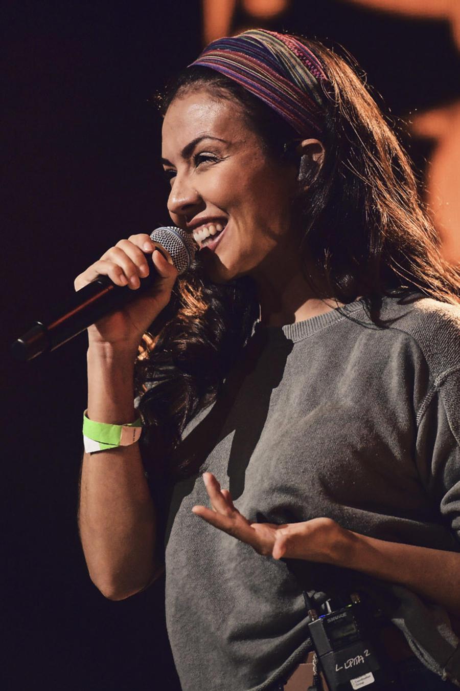 Lupita Infante en los ensayos de los Latin American Music Awards 2019
